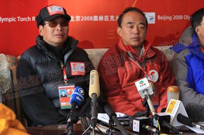 中国登协新闻发言人张志坚,奥组委宣传部邵世伟副部长