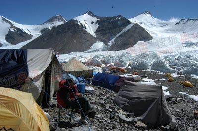 在前进营地,每天可以与冰塔林面对面
