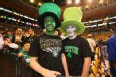 图文:[NBA]骑士VS凯尔特人 绿军球迷