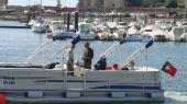 图文:F1摩托艇浪漫波尔蒂芒 美丽渡轮上观光客