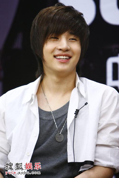 SJ-M独家做客搜狐—— 可爱的HENRY