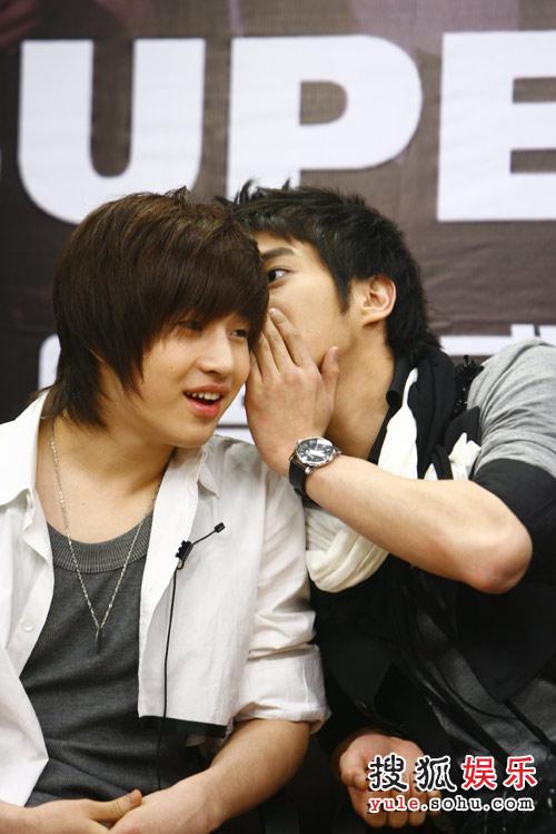SJ-M独家做客搜狐—— 始源与HENRY说啥呢