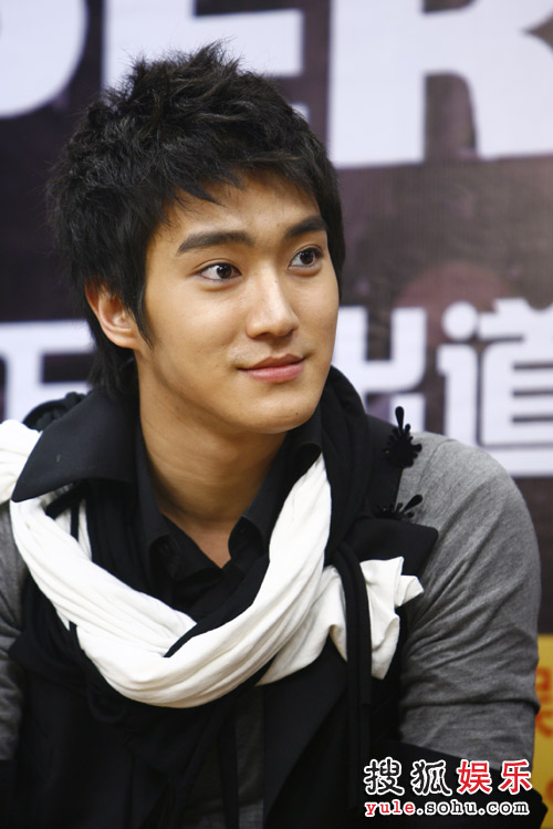SJ-M独家做客搜狐—— 始源画了眼线