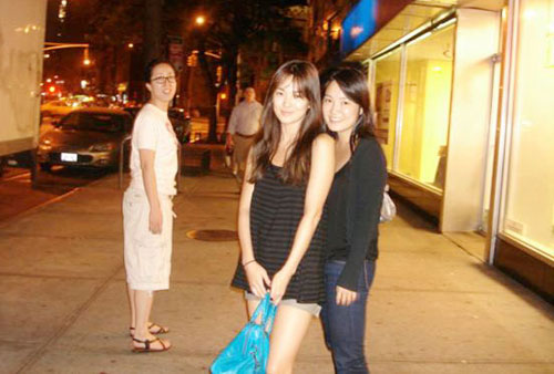 韩国著名影星宋慧乔素装生活在纽约[图]