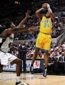 图文:[NBA]马刺胜黄蜂 维尔士外线跳投