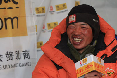 这是一个纯朴的孩子,来自云南腾冲的黄春贵,看到他,让人想起了许三多