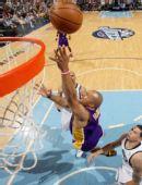 图文:[NBA]湖人不敌爵士 费舍尔上篮