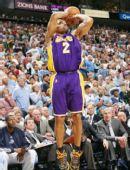 图文:[NBA]湖人不敌爵士 费舍尔跳投