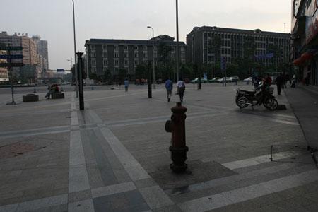 成都街头空旷(图)
