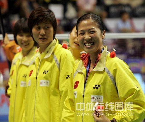 图文:汤尤杯14日比赛花絮 高崚赛前笑容满面