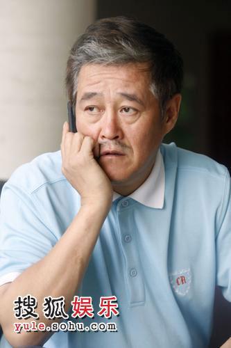 赵本山个人捐款100万元