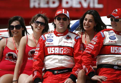 F1宝贝和她们的英雄
