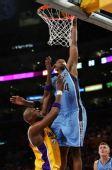 图文:[NBA]爵士VS湖人 米尔萨普灌篮