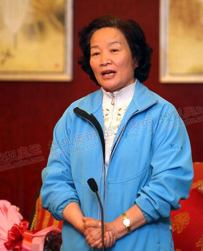 胡家燕感谢党中央、国务院以及全国人民对火炬珠峰传递活动的支持