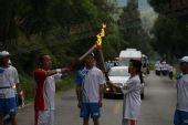 组图:奥运圣火在井冈山传递 第74棒火炬手传递