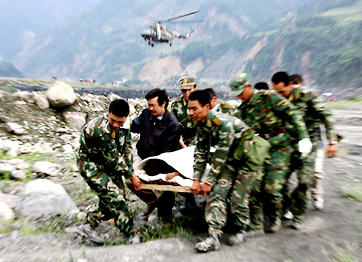 国际舆论高度评价中国抗震救灾