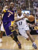图文:[NBA]爵士VS湖人 普莱斯加速突破