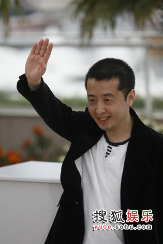 贾樟柯携演员亮相戛纳