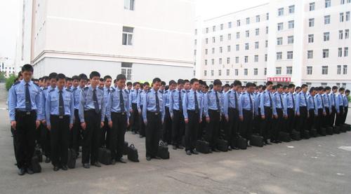 中国刑事警察学院师生悼念汶川地震遇难同胞