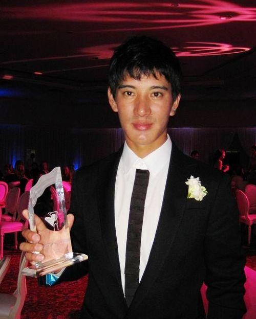 蒲巴甲在国际电影节上荣获最佳男主角