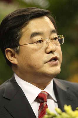 中国商用飞机有限责任公司董事长张庆伟