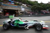 图文:[F1]摩纳哥站排位赛 巴里切罗在比赛