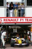 """图文:[F1]摩纳哥站排位赛 阿隆索受""""监视"""""""
