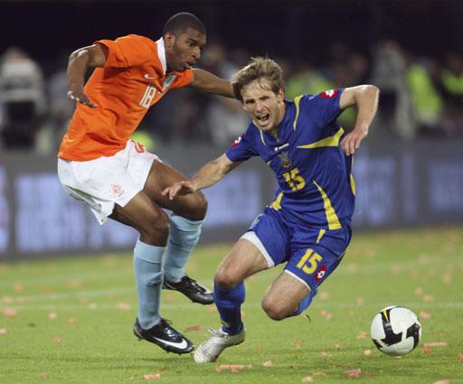 图文:[热身赛]荷兰3-0乌克兰 巴贝尔建功