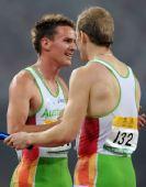 图文:中国田径赛男子4X400米接力 澳队获冠军