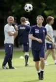 图文:意大利训练备战欧洲杯 卡萨诺玩球