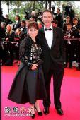 图:戛纳电影节红毯 法国女星爱莉-安艾柯亮相
