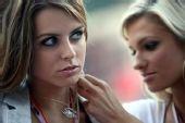 图文:F1摩纳哥站美女 深邃大眼睛会说话