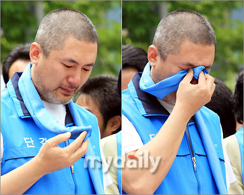 韩国艺人工会委员长金应锡