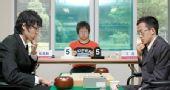 图文:LG杯世界棋王战首轮赛况 两人陷入沉思