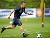 图文:意大利队集训备战欧洲杯 卡萨诺疾驰如风