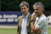 图文:意大利队集训备战欧洲杯 多纳多尼思考
