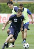 图文:意大利队集训备战欧洲杯 卡萨诺技术纯熟