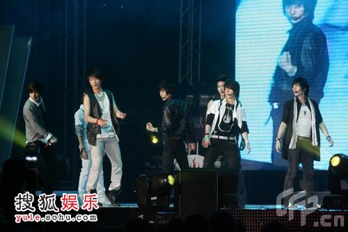 SJ-M舞台表演