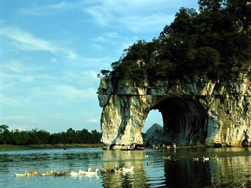桂林著名景点象鼻山