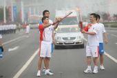 组图:希捷亚太区副总裁郑万成南京传递圣火