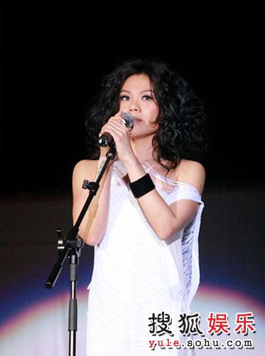蔡健雅精彩写真 深情演唱