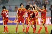 图文:[亚洲杯]女足VS越南 徐媛庆祝进球