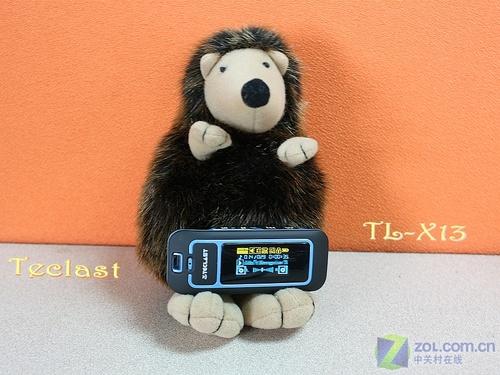 2GB仅199元 可更换电池 台电X13评测