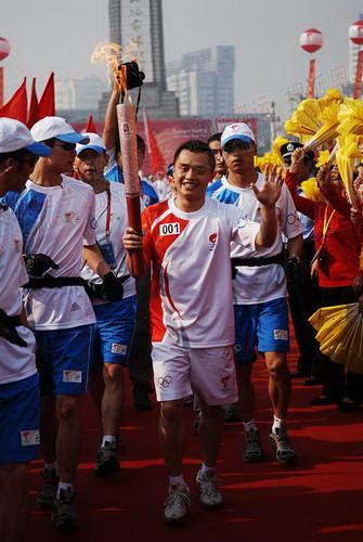 南昌第一棒奥运冠军彭勃