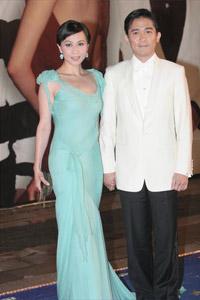 刘嘉玲承认今年内将与伟仔结婚