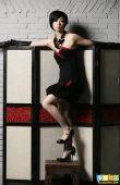 图文:张怡宁变身摩登女郎 黑色精巧礼服很可爱