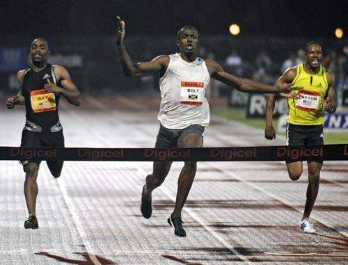 图文:博尔特打破百米世界纪录 博尔特冲刺瞬间