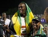 图文:博尔特打破百米世界纪录 赛后汗如雨下