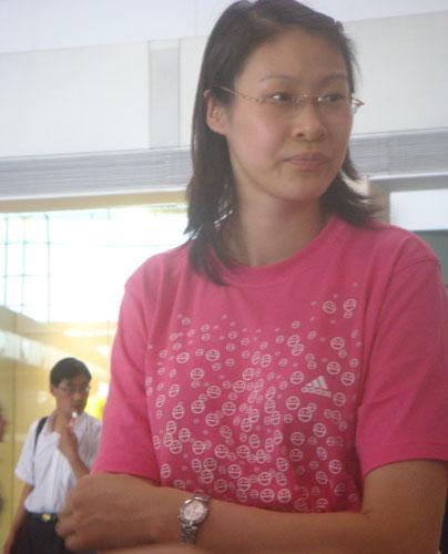 图文:中国女排出征瑞士赛 赵蕊蕊出征瑞士