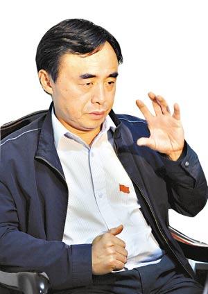 都江堰市委书记刘俊林。